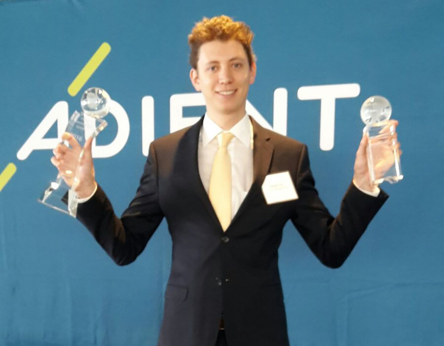 "Adient Award ""Customer Satisfaction"" und Adient ""Bronze Preis"""